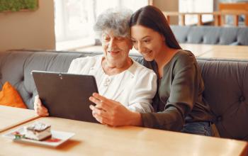 Jubilados al ISSN ahora pueden realizar más trámites en la web